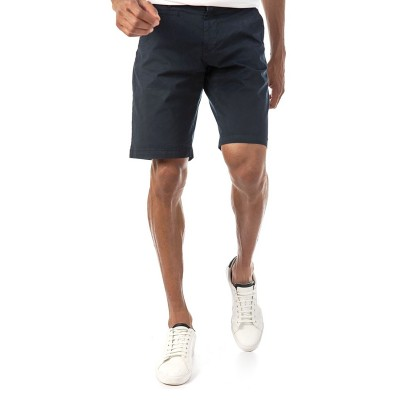 Brokers Short In Cotton-Black